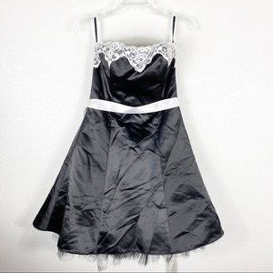 Vintage Jessica McClintock Lace Black Formal Dress